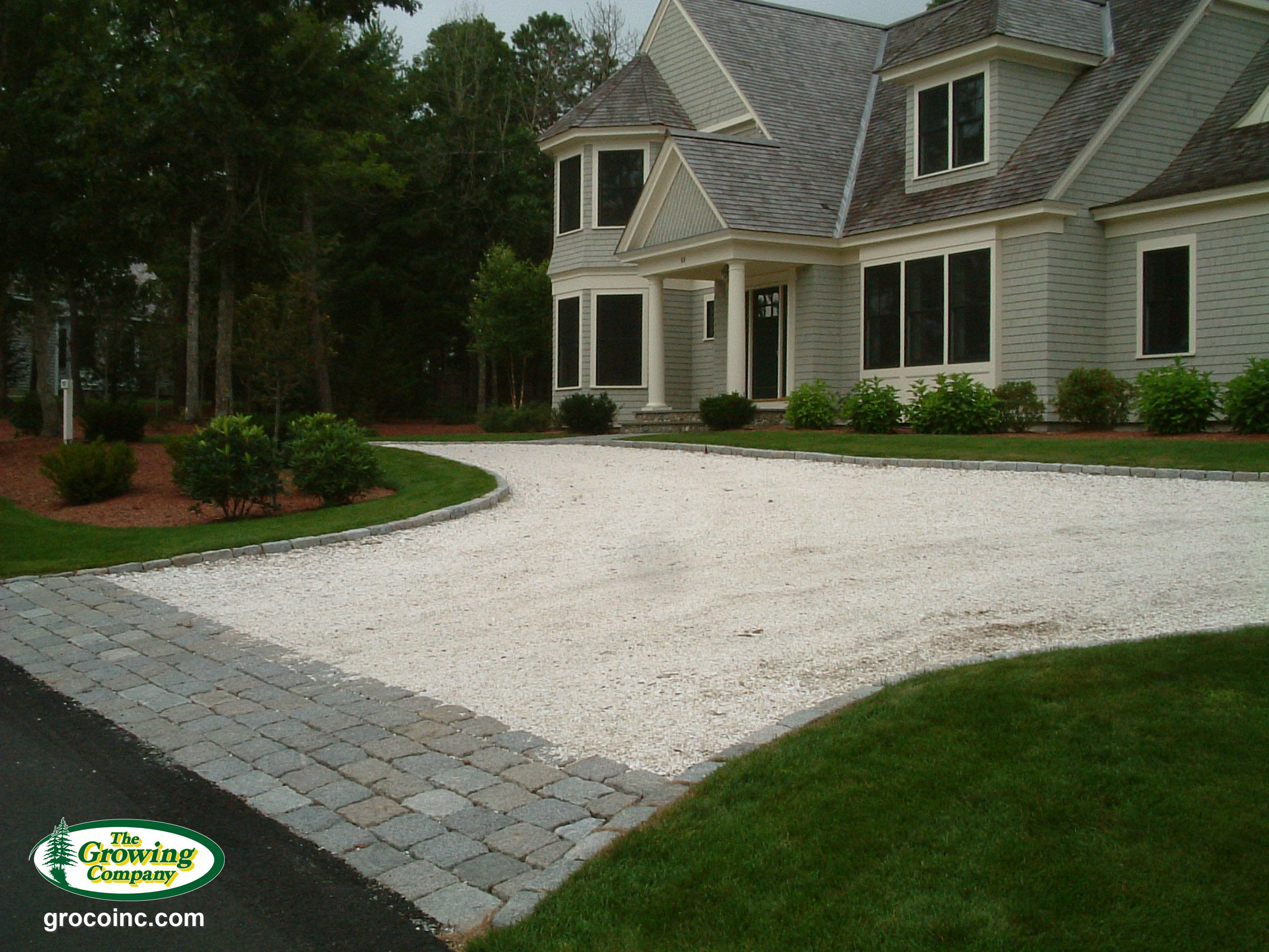 Driveway installation for cotuit osterville chatham for Cape cod stone and gravel